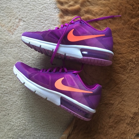 Air Max Sequent Purple Nike Shoes Size Y6 W7.5